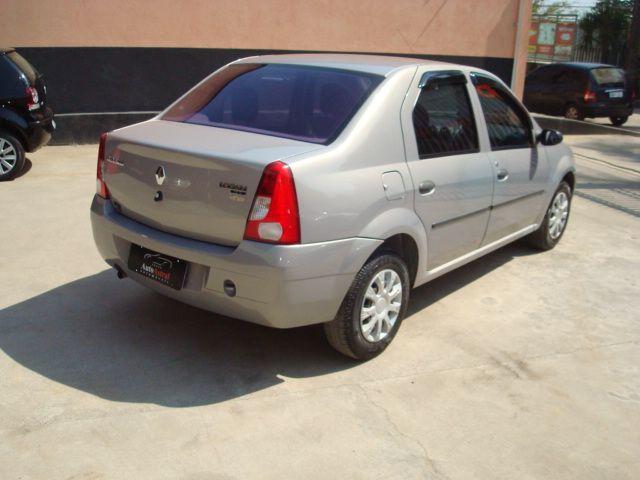 Renault Logan   Expression Hi-flex 1.0 16V 4p - Foto #4