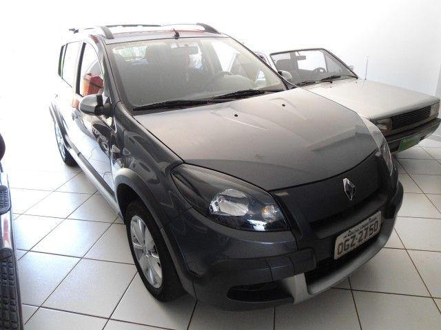 Renault Sandero Stepway 1.6 16V Hi-Flex (aut) - Foto #1