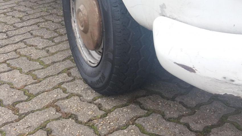 Volkswagen Kombi Carat 1.6 - Foto #7