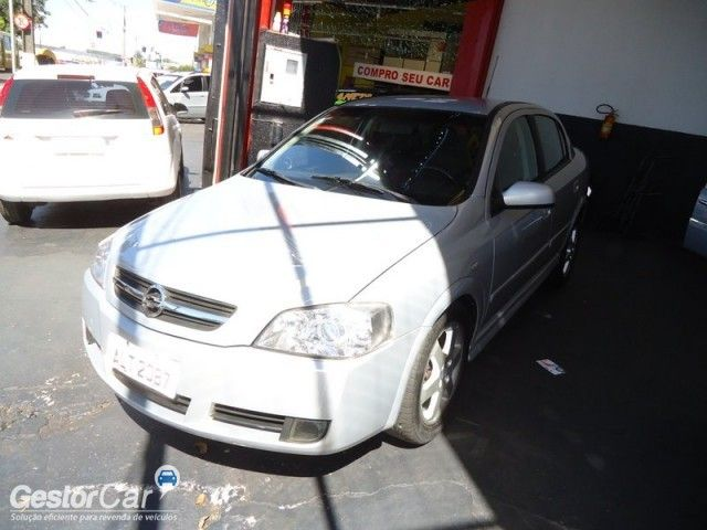 Chevrolet Astra Sedan Elite 2.0 (Flex) (Aut) - Foto #2