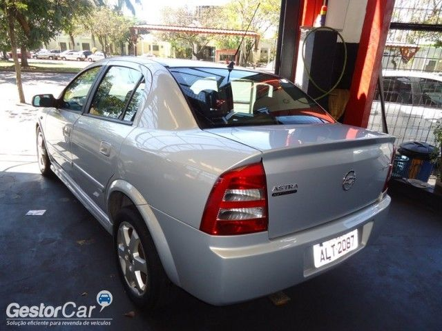 Chevrolet Astra Sedan Elite 2.0 (Flex) (Aut) - Foto #3