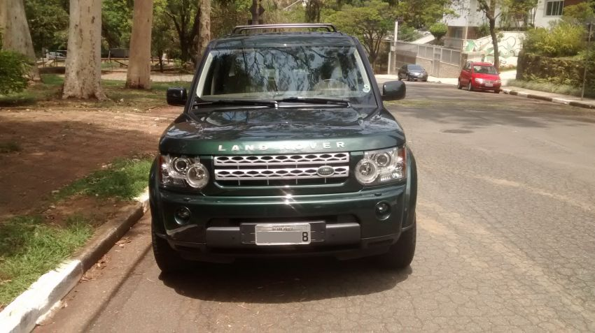Land Rover Discovery 4 4X4 HSE 3.0 V6 (7 lug.) - Foto #1