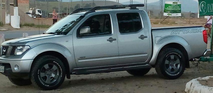 Nissan Frontier SE Attack 2.5 4X4 (Cab.Dupla) - Foto #1