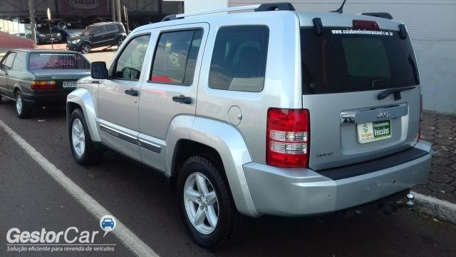 Jeep Cherokee Limited 3.7 V6 4WD - Foto #6