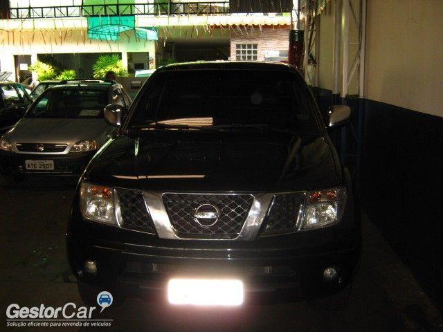 Nissan Frontier SEL 4x4 2.5 16V (cab. dupla) (aut) - Foto #4