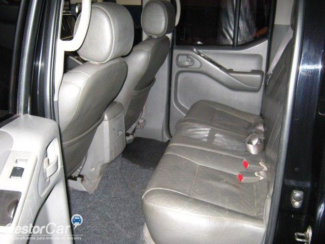 Nissan Frontier SEL 4x4 2.5 16V (cab. dupla) (aut) - Foto #7