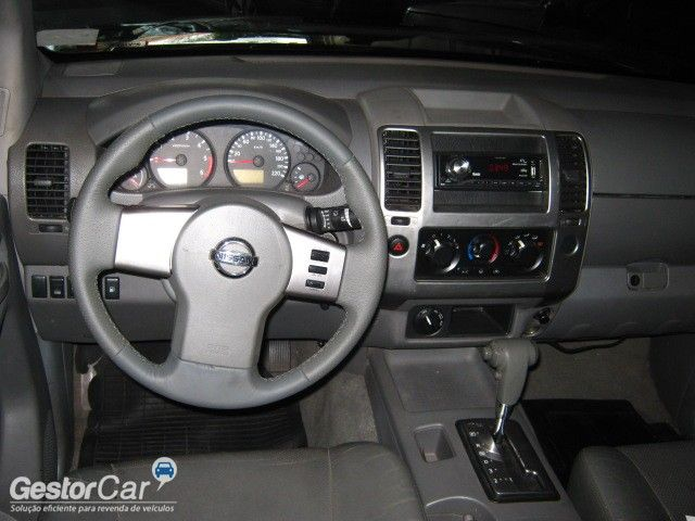 Nissan Frontier SEL 4x4 2.5 16V (cab. dupla) (aut) - Foto #8