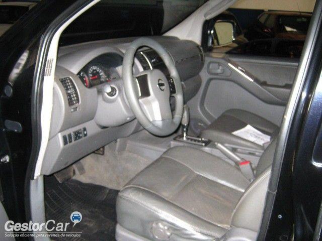 Nissan Frontier SEL 4x4 2.5 16V (cab. dupla) (aut) - Foto #9