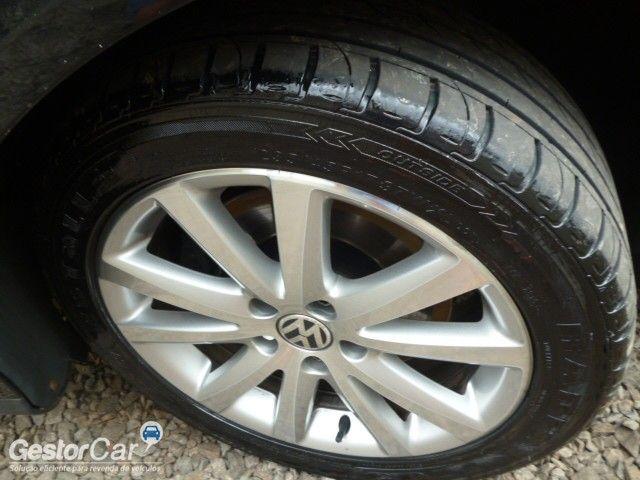 Volkswagen Passat 2.0 FSI (Tiptronic) - Foto #10