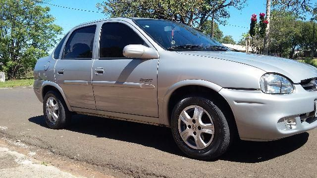 Chevrolet Corsa Sedan Spirit 1.6 - Foto #1