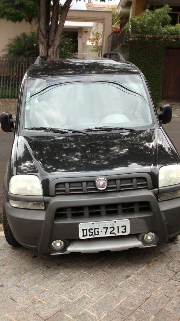 Fiat Doblò Adventure 1.8 (Flex) - Foto #1