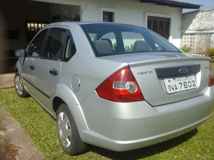 Ford Fiesta Sedan 1.6 (Flex) - Foto #3