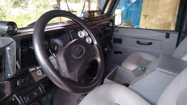 Land Rover Defender 110 4x4 2.5 CSW - Foto #3
