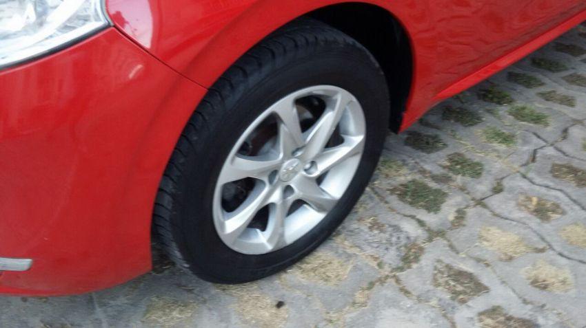 Peugeot 208 Allure 1.5 8V (Flex) - Foto #3