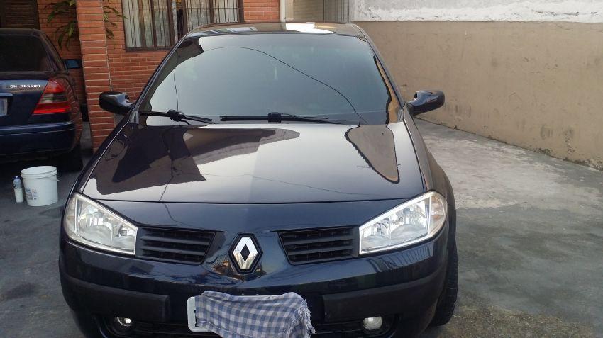 Renault Mégane Sedan Expression 1.6 16V (flex) - Foto #6