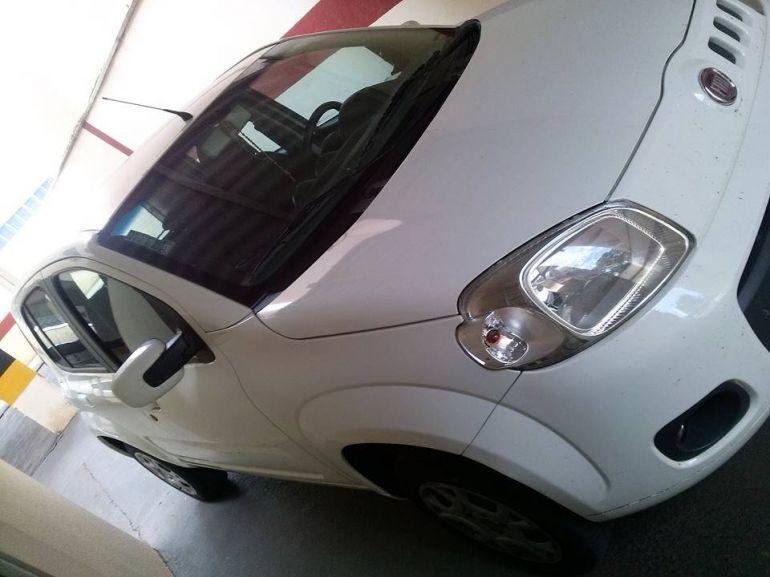 Fiat Uno Vivace 1.0 (Flex) 4p - Foto #9