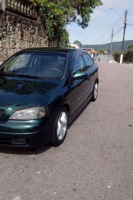 Chevrolet Astra Hatch 2.0 8V 2p - Foto #1