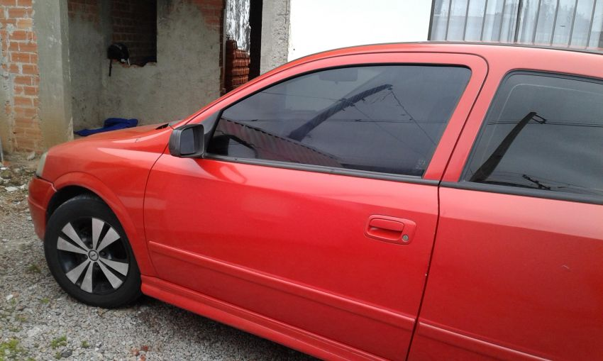 Chevrolet Astra Hatch 2.0 8V - Foto #2