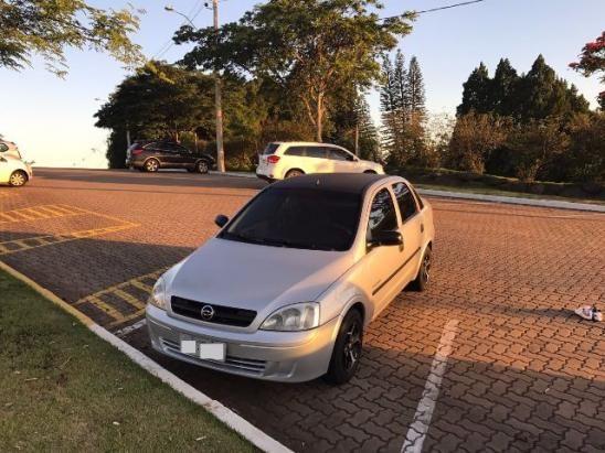 Chevrolet Corsa Sedan Premium 1.0 - Foto #1