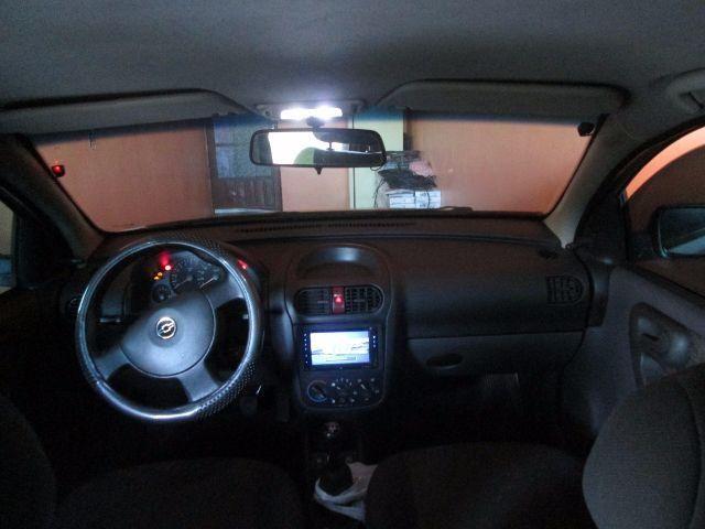 Chevrolet Corsa Sedan Premium 1.0 - Foto #7
