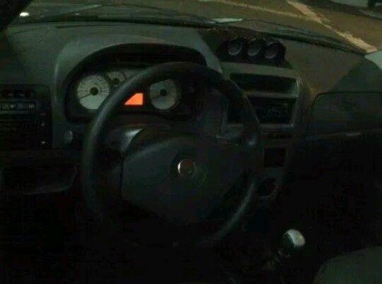 Fiat Palio Weekend Adventure Locker 1.8 8V (Flex) - Foto #2
