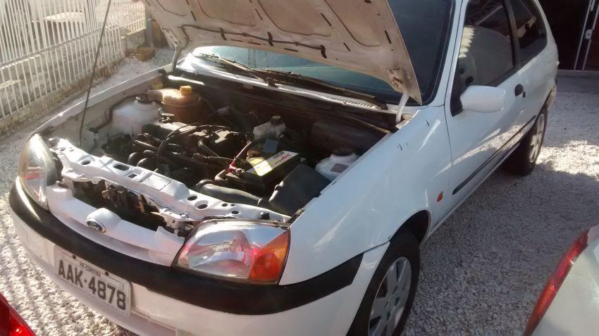 Ford Fiesta Hatch 1.0 MPi 2p - Foto #4