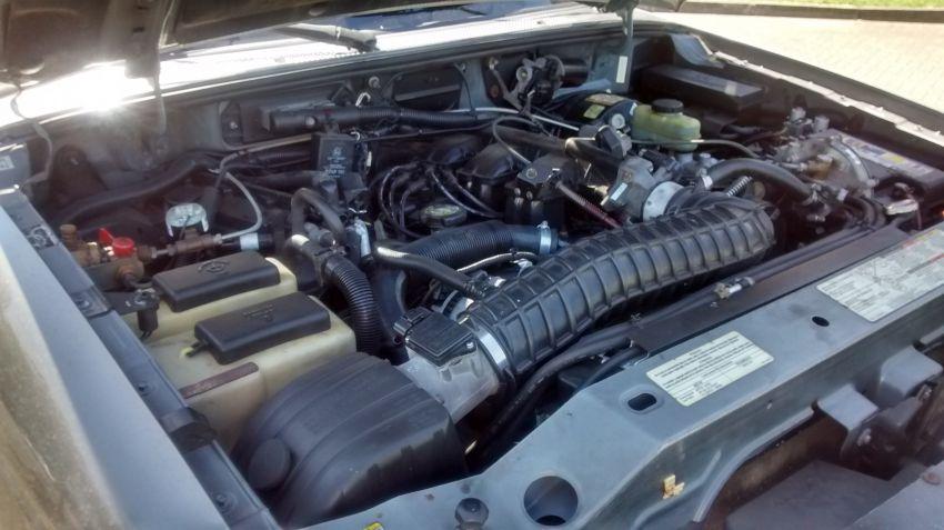 Ford Ranger XLT 4x4 4.0 V6 (Cab Simples) - Foto #8