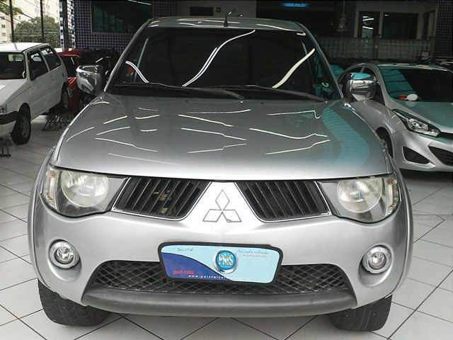 Mitsubishi L200 Triton 4X4 Cabine Dupla 3.5 V6 24V - Foto #4