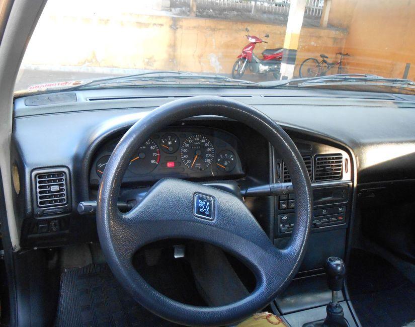 Peugeot 405 Sedan GRI 1.8 - Foto #1