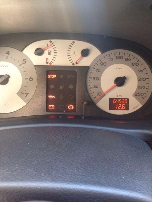 Renault Clio Hatch. Expression 1.6 16V (flex) - Foto #3