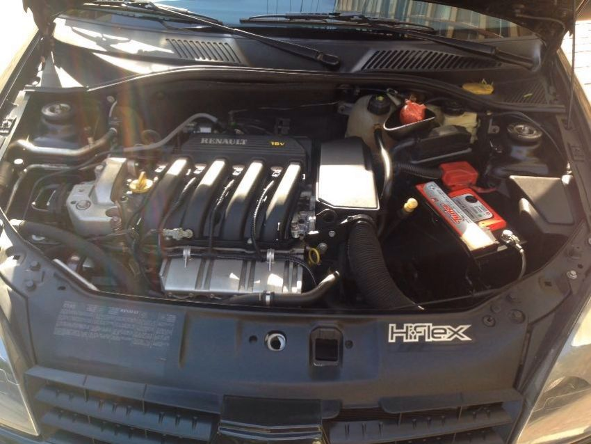 Renault Clio Hatch. Expression 1.6 16V (flex) - Foto #4