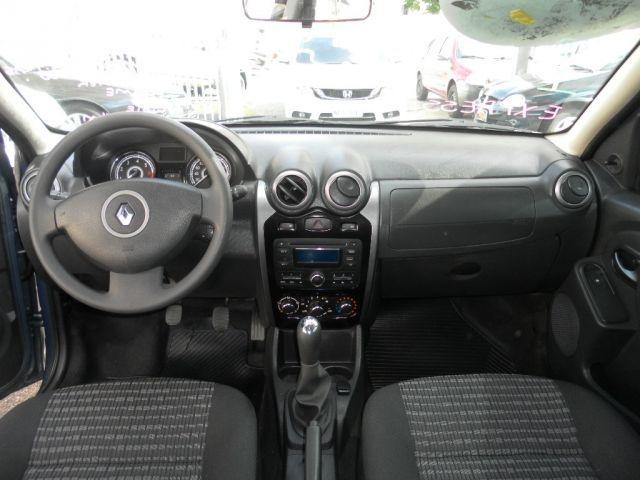 Renault Sandero Expression 1.0 16V Hi-Flex - Foto #7