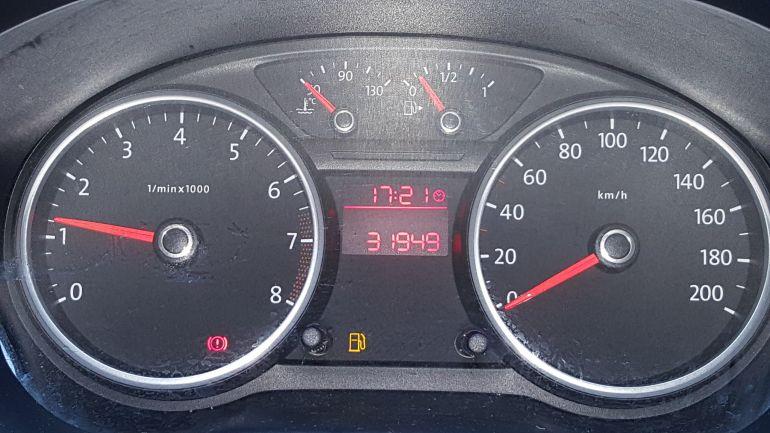 Volkswagen Voyage 1.0 TEC Trendline - Foto #2