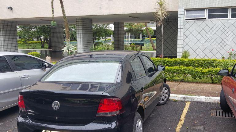 Volkswagen Voyage 1.0 TEC Trendline - Foto #4