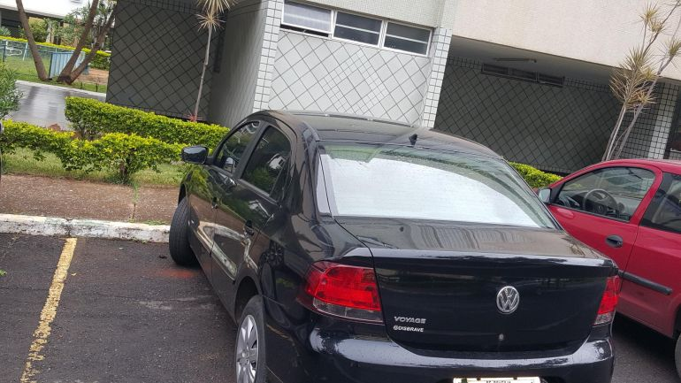 Volkswagen Voyage 1.0 TEC Trendline - Foto #5