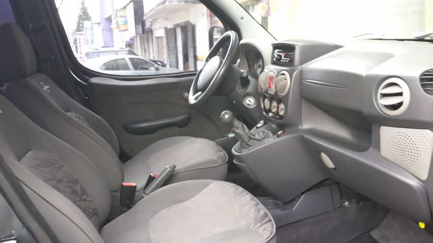 Fiat Doblò Adventure Try On 1.8 8V (Flex) - Foto #2