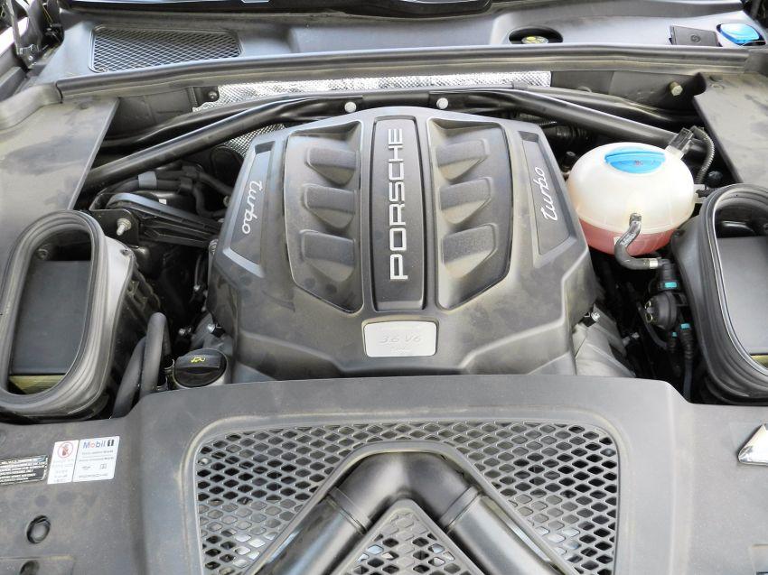 Porsche Macan 3.6 V6 Turbo - Foto #4