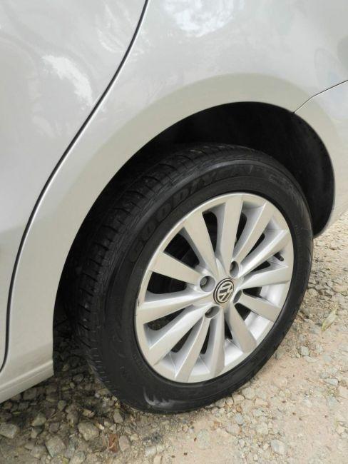 Volkswagen Voyage 1.6 VHT Trendline (Flex) - Foto #9