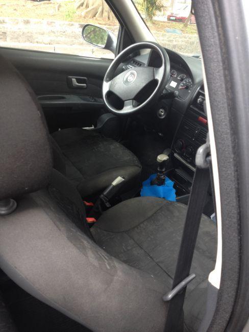 Fiat Palio Weekend HLX 1.8 8V (Flex) - Foto #9