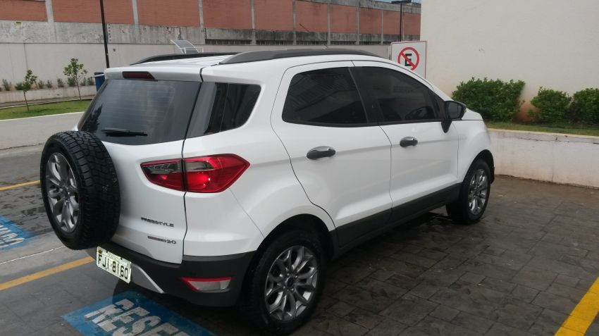 Ford Ecosport Freestyle 2.0 16V (Flex) - Foto #8