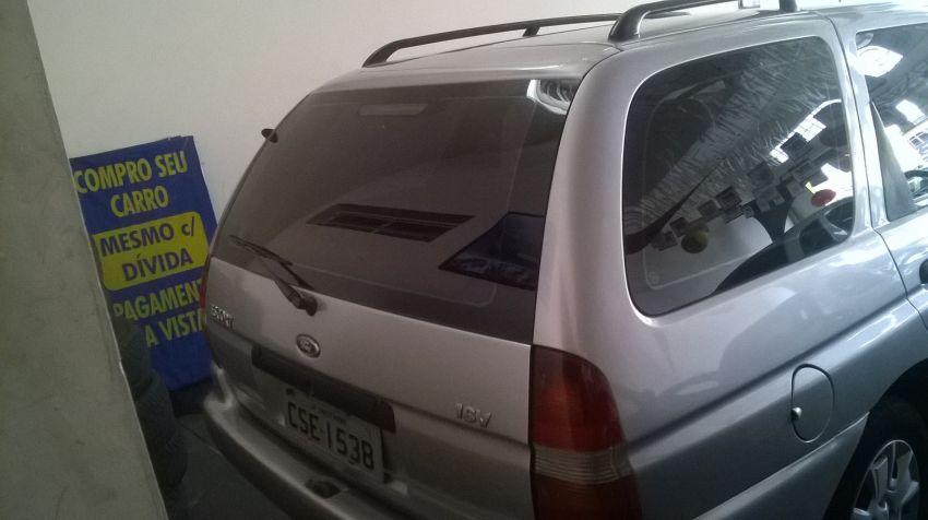 Ford Escort SW GLX 1.8 MPi 16V - Foto #4