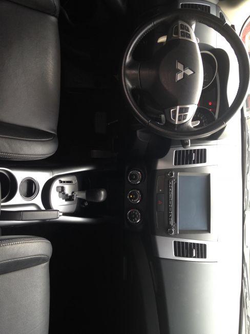Mitsubishi Outlander 2.0 16V (aut) - Foto #2