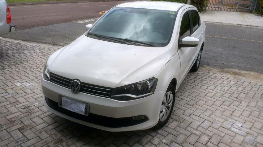 Volkswagen Voyage 1.0 MPI Trendline (Flex) - Foto #4