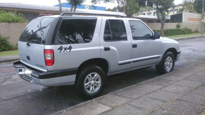 Chevrolet Blazer DLX 4x4 2.8 - Foto #5