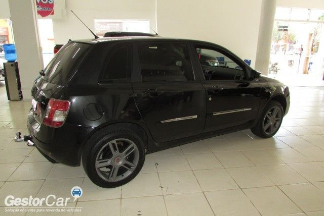 Fiat Stilo Sporting Dualogic 1.8 8V (Flex) - Foto #2
