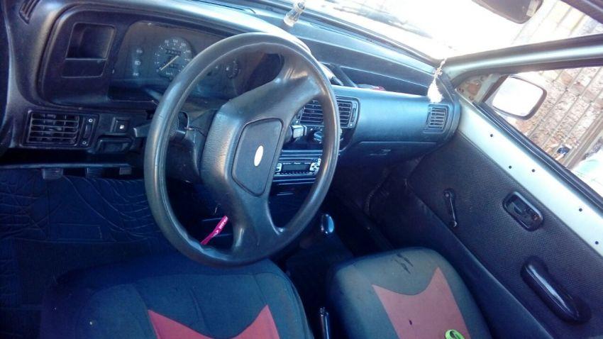 Ford Escort Hatch GL 1.6 - Foto #1