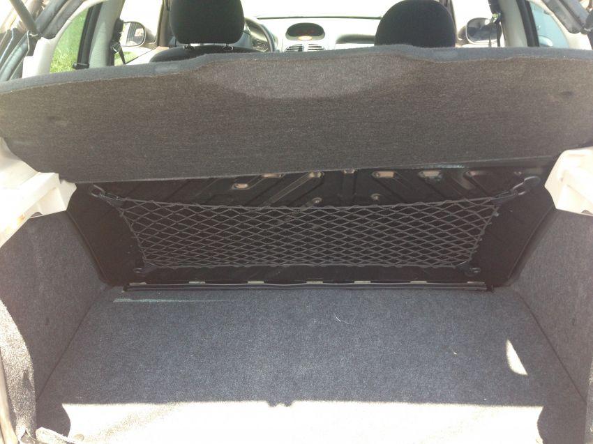 Peugeot 206 Hatch. Presence 1.4 8V 2p - Foto #3