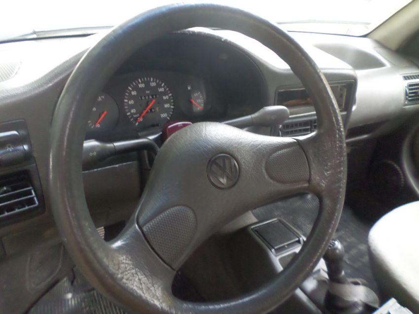 Volkswagen Gol 1.0 i - Foto #8