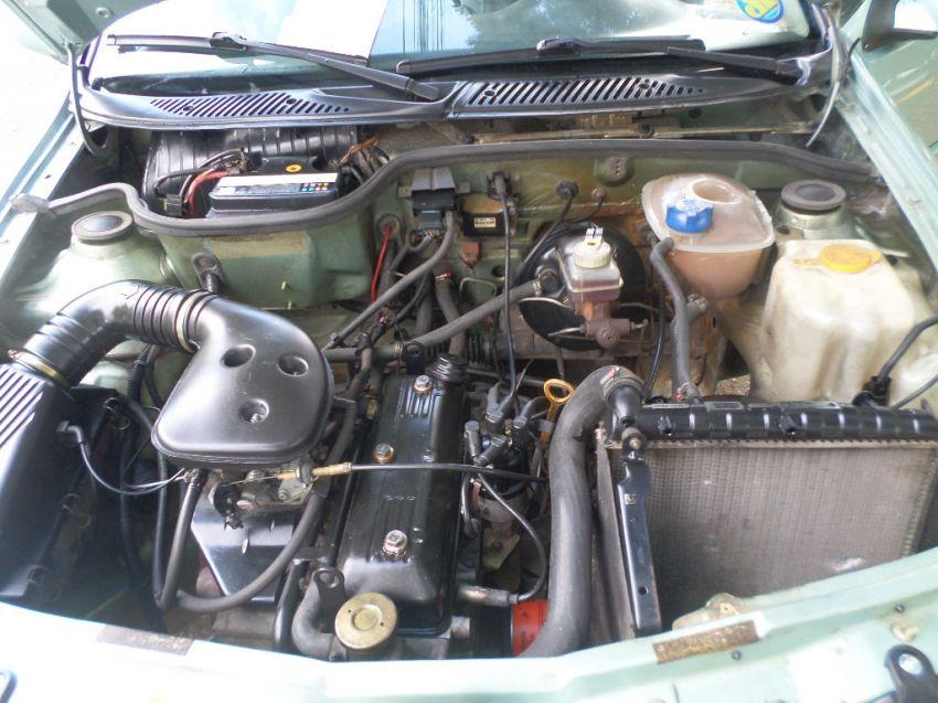 Volkswagen Gol 1.0 i - Foto #9