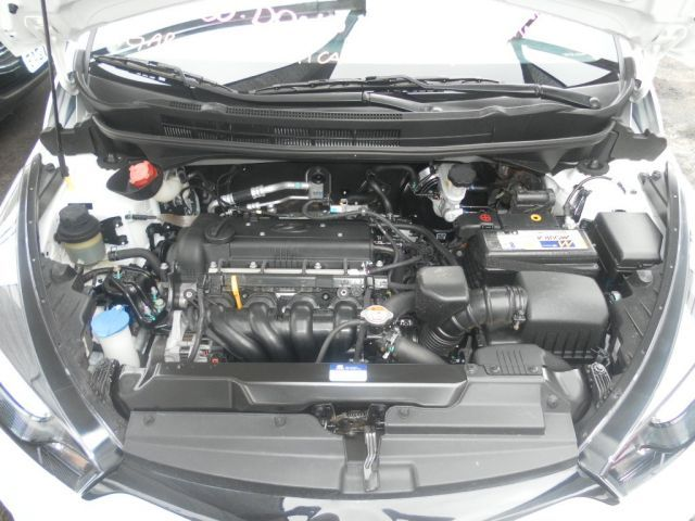 Hyundai HB20S Comfort Plus 1.6 16V Flex - Foto #9